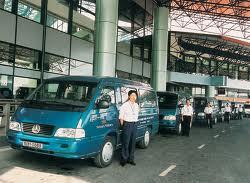 Minibus Company Leeds Image